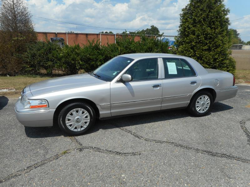 2004 MERCURY GRAND MARQUIS GS for sale by dealer