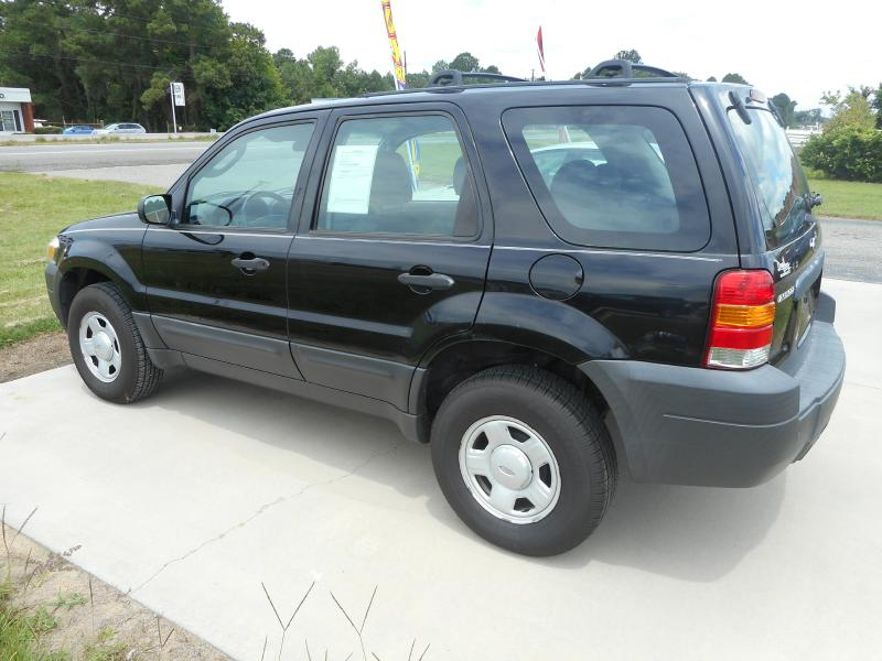 2006 FORD ESCAPE XLS for sale by dealer