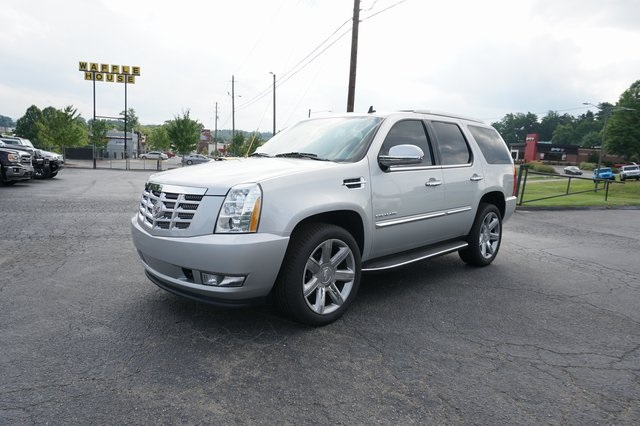2011 CADILLAC ESCALADE LUXURY Asheville NC