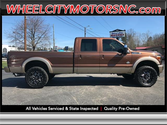 A used 2011 FORD F250 SUPER DUTY Asheville NC
