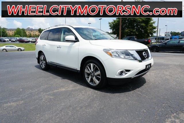 2015 Nissan Pathfinder Platinum for sale by dealer