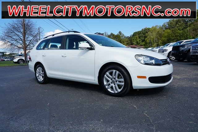 2014 Volkswagen Jetta SportWagen 2.0L TDI for sale by dealer