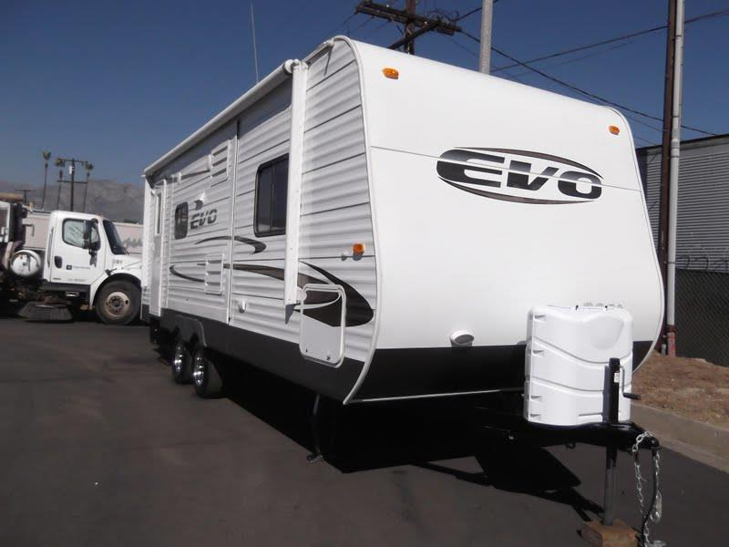2015 BRAND NEW FOREST RIVER EVO 2050 for sale by dealer