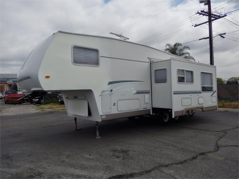 2003 TRAIL BAY 30FT 5TH WHEEL for sale by dealer