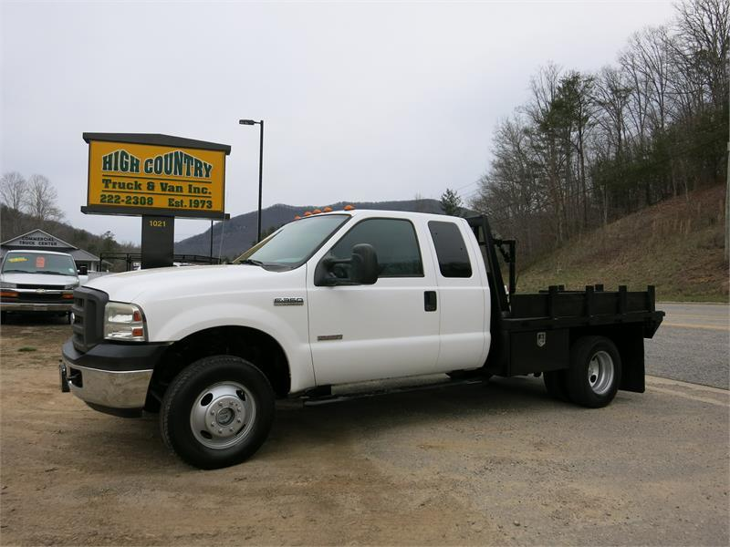 2005 FORD F350 SD SUPERCAB 4x4 9' FLATBE for sale!