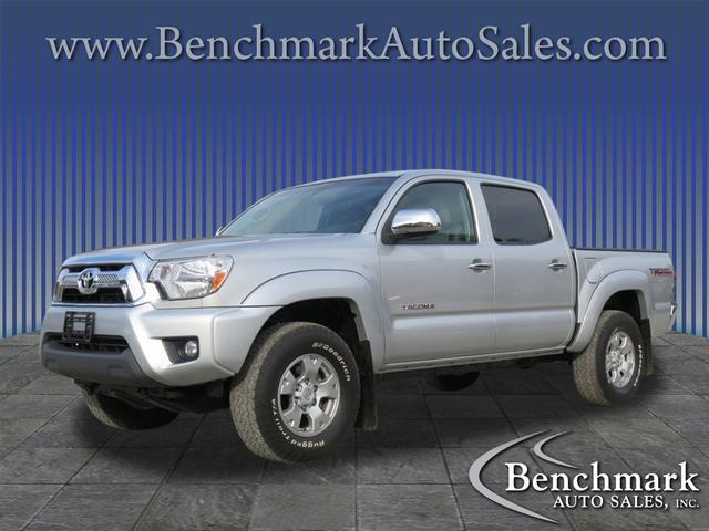 2013 Toyota Tacoma V6 for sale by dealer