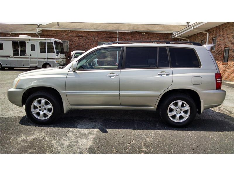 2001 TOYOTA HIGHLANDER for sale by dealer