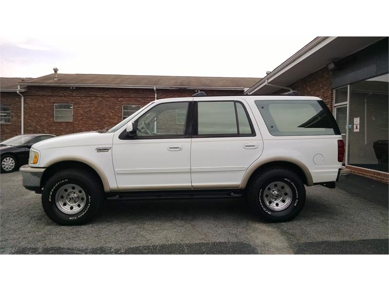 1997 Ford Expedition XLT 4WD for sale by dealer