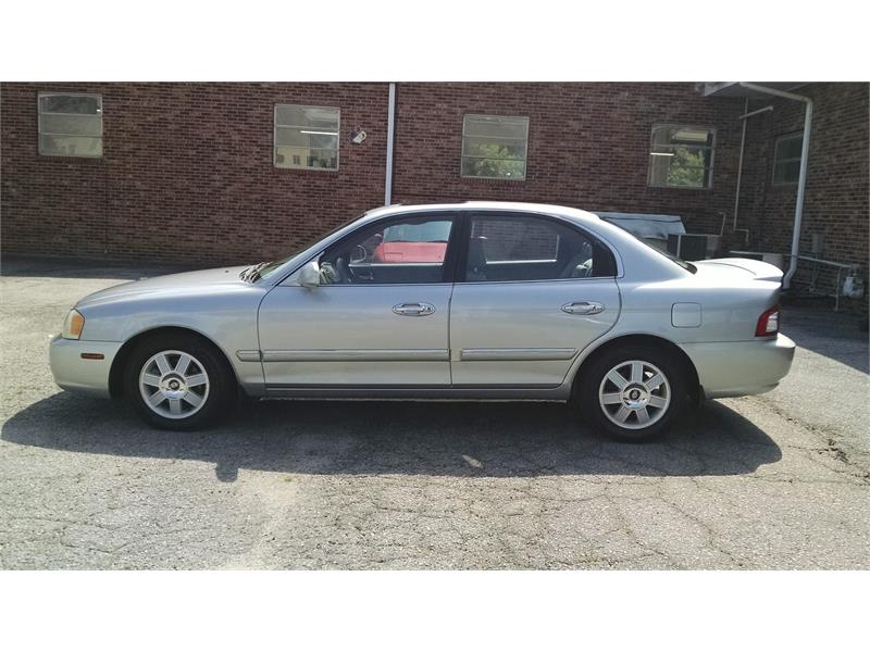 2004 Kia Optima LX for sale by dealer