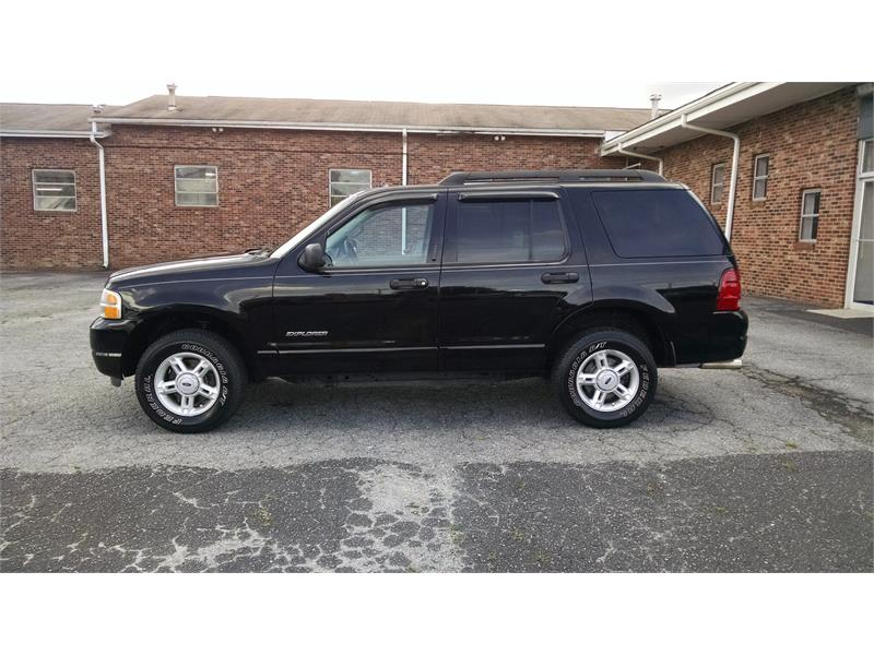 2005 Ford Explorer XLT 4.0L 4WD for sale by dealer