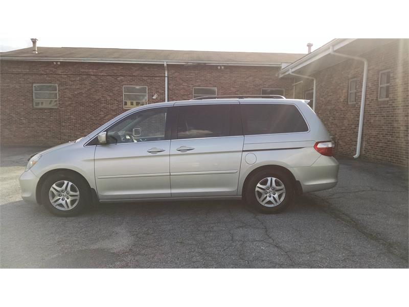 2005 Honda Odyssey EX for sale by dealer