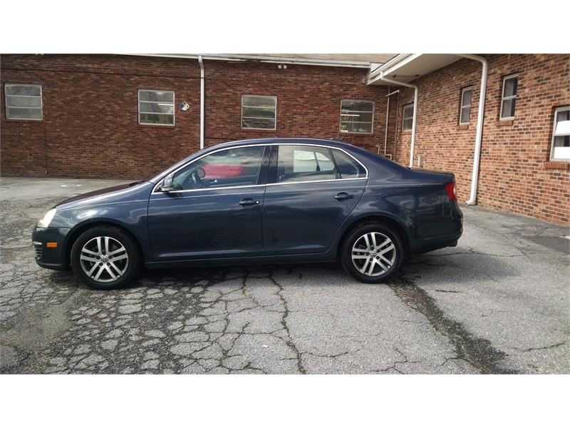2006 Volkswagen Jetta 2.5L for sale by dealer