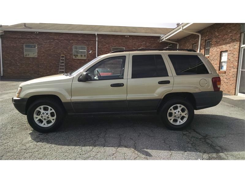 1999 Jeep Grand Cherokee Laredo 4WD for sale by dealer