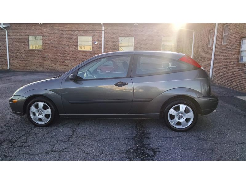 2003 Ford Focus ZX3 for sale by dealer