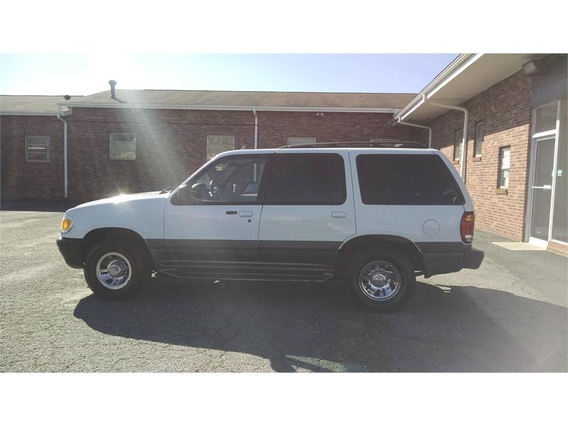 1999 Mercury Mountaineer 4WD for sale by dealer