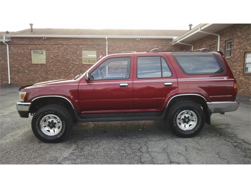 1995 Toyota 4Runner SR5 V6 4WD for sale by dealer