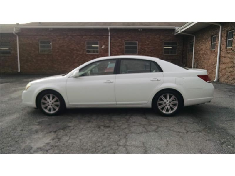2006 Toyota Avalon Limted for sale by dealer