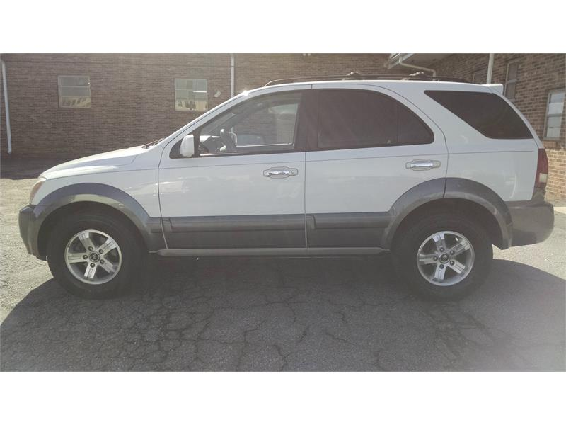 2005 Kia Sorento LX 2WD for sale by dealer