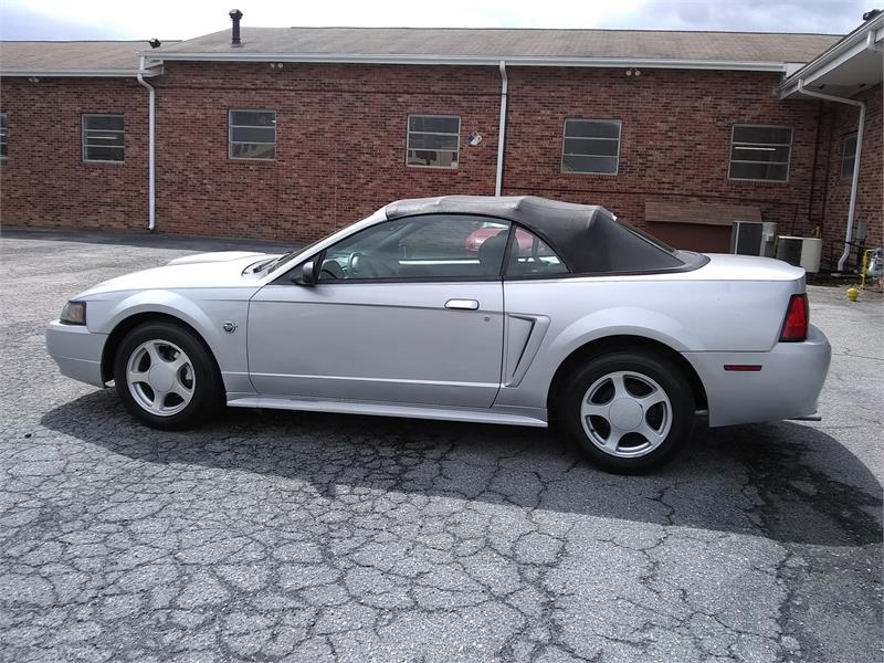 2004 Ford Mustang Deluxe Convertible for sale by dealer