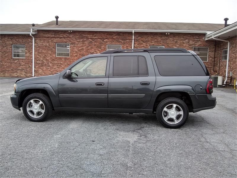 2005 Chevrolet TrailBlazer EXT LS 4WD for sale by dealer