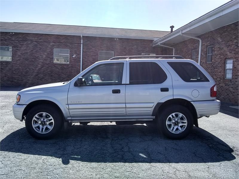 2002 Isuzu Rodeo LS 4WD for sale by dealer