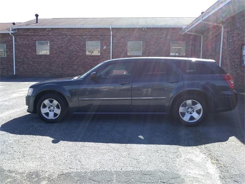 2008 Dodge Magnum Base for sale by dealer