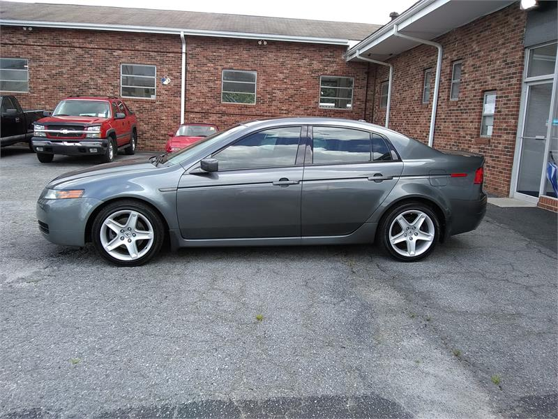2005 Acura TL 5-Speed AT with Navigation System for sale by dealer