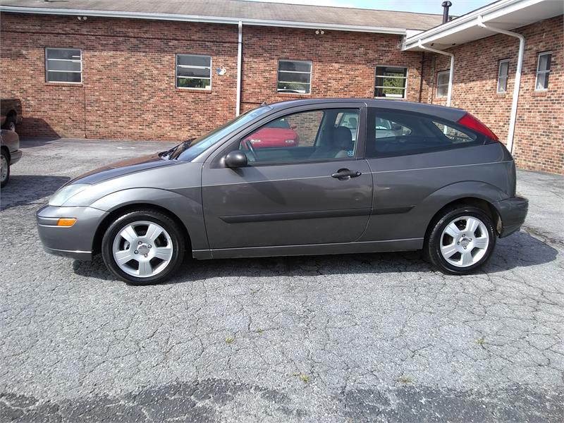 2003 Ford Focus ZX3 Premium for sale by dealer
