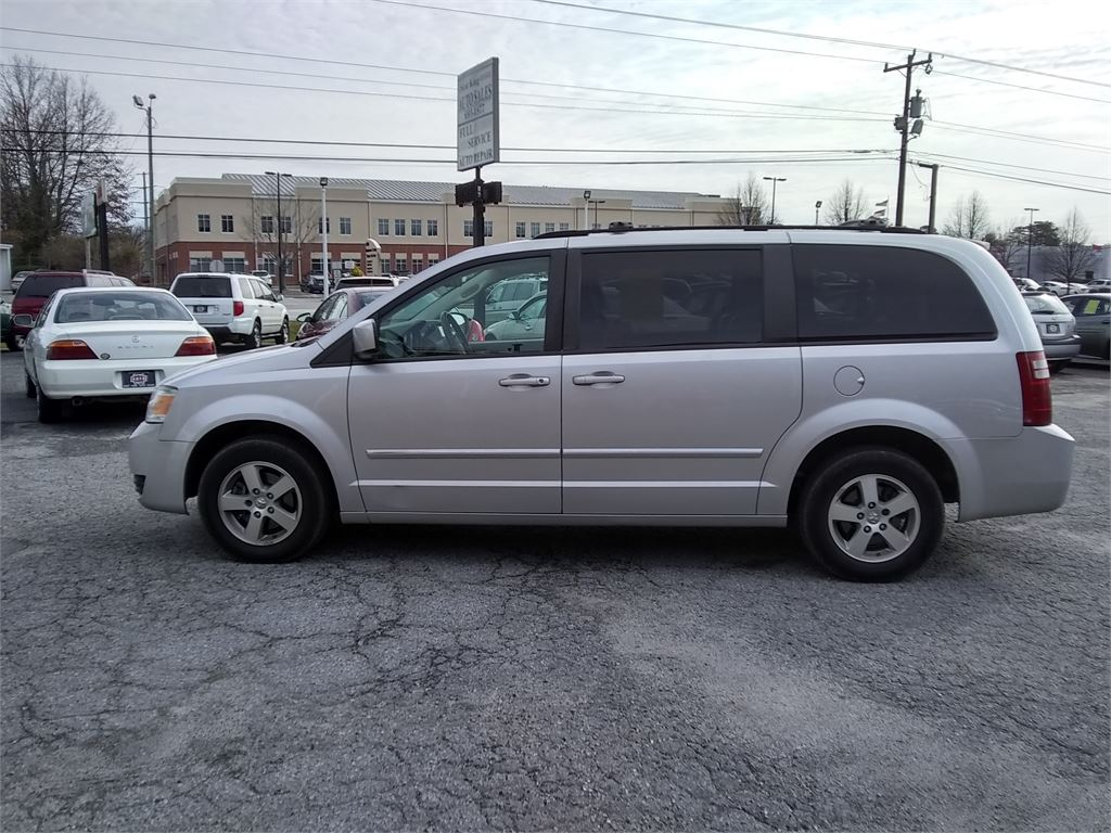 2008 Dodge Grand Caravan SXT for sale by dealer