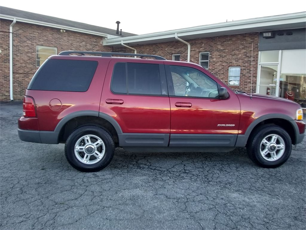 2002 Ford Explorer XLT 4WD for sale by dealer