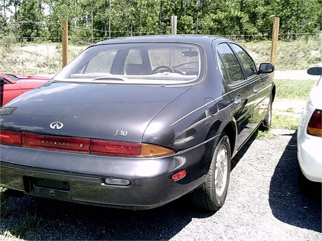 1993 INFINITI J30 for sale by dealer