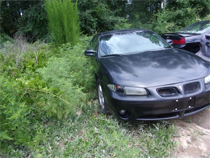 2002 PONTIAC GRAND PRIX SE for sale by dealer