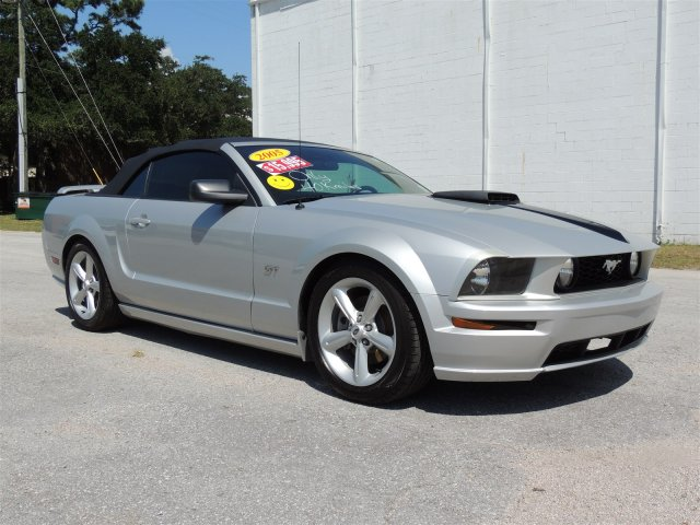 2005 FORD MUSTANG GT for sale by dealer
