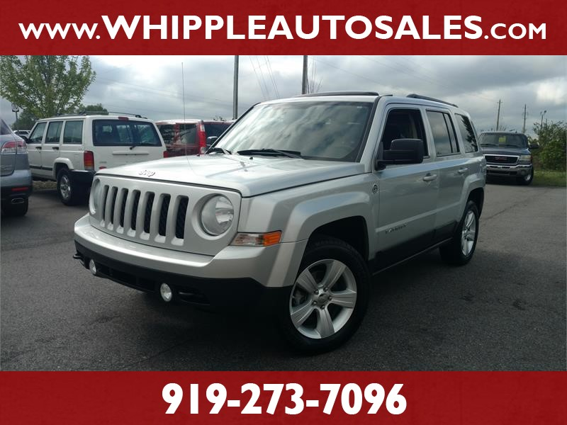 2012 JEEP PATRIOT LATITUDE 4WD (1-OWNER) for sale by dealer