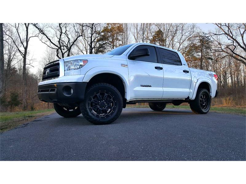 2013 Toyota Tundra Tundra-Grade CrewMax 5.7L FFV 4WD for sale by dealer