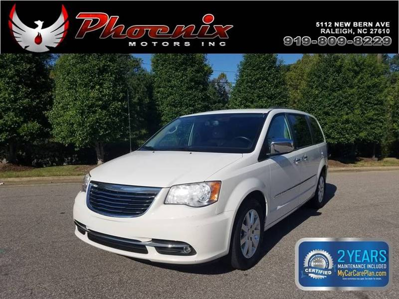 2012 Chrysler Town and Country Touring L 4dr Mini Van for sale by dealer