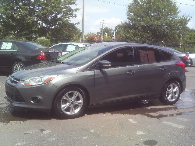 2014 Ford Focus SE Hatch for sale in Winston-Salem