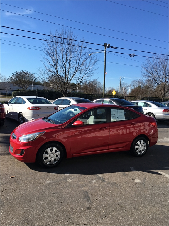 2014 Hyundai Accent GLS 4-Door for sale by dealer