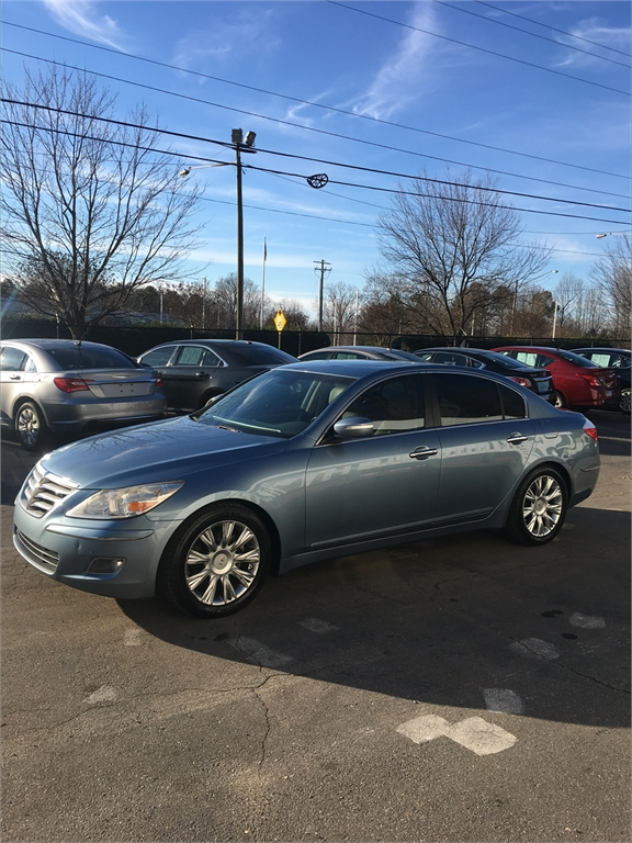 2009 Hyundai Genesis 3.8L for sale by dealer