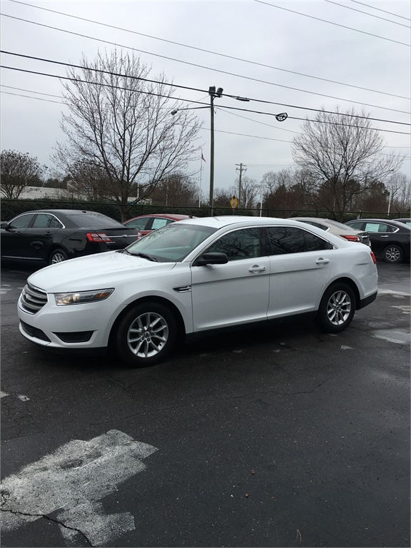2014 Ford Taurus SE FWD for sale in Winston-Salem
