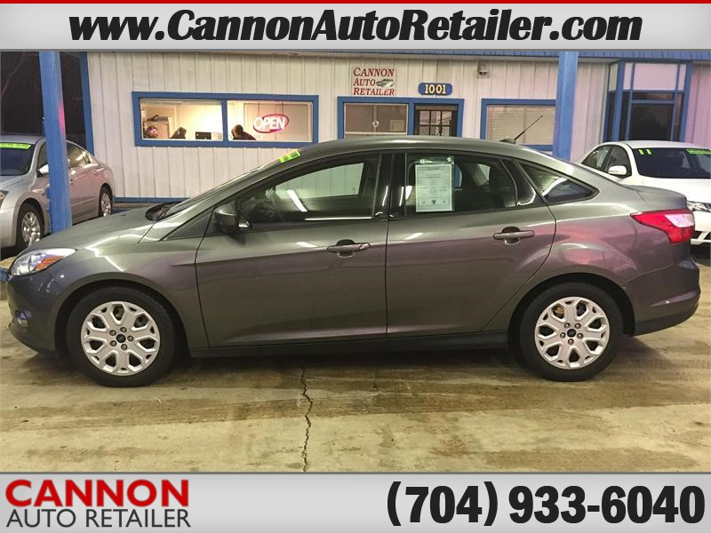 2012 Ford Focus SE Sedan for sale!