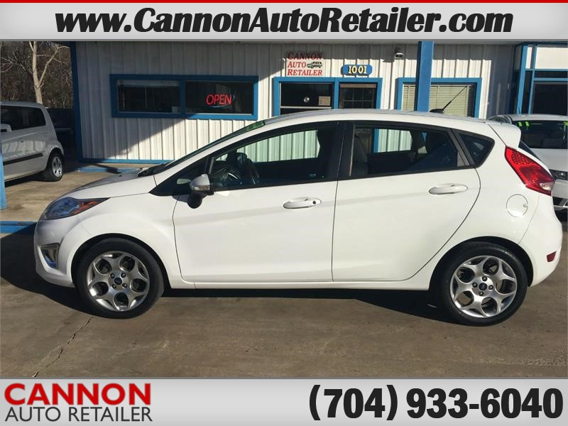 2011 Ford Fiesta SES Hatchback for sale by dealer