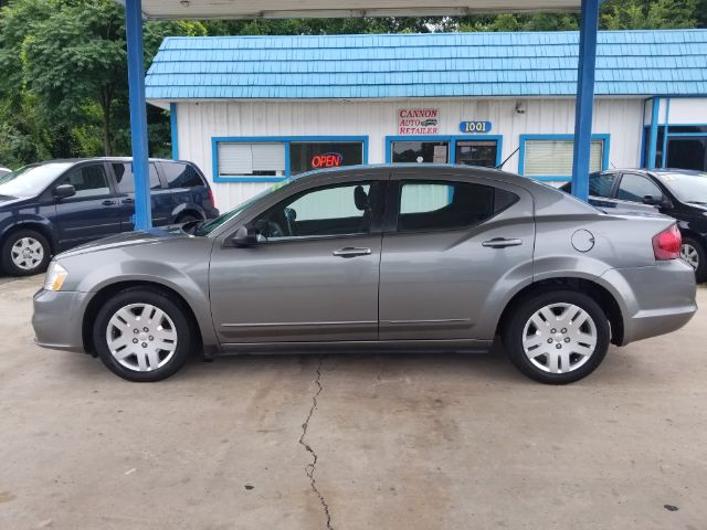 2012 Dodge Avenger Base for sale!