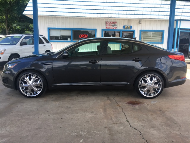 2011 Kia Optima LX AT for sale by dealer