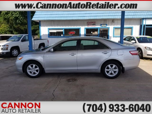 2007 Toyota Camry XLE for sale by dealer