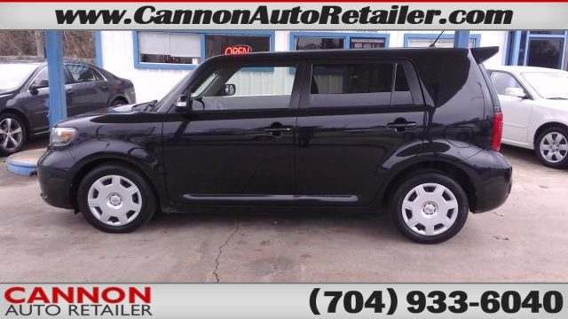 2010 Scion xB 5-Door Wagon 4-Spd AT for sale by dealer