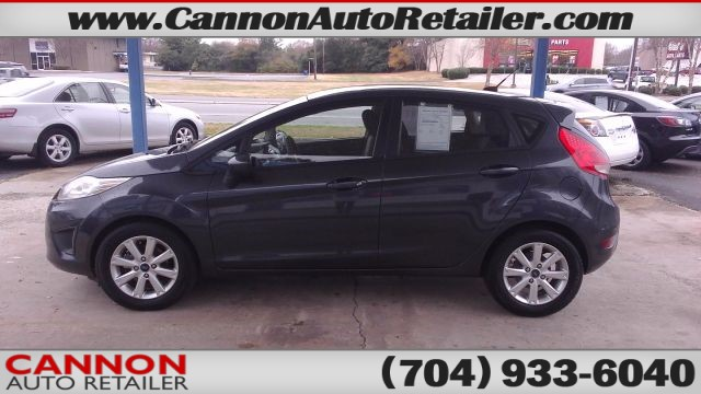 2011 Ford Fiesta SE Hatchback for sale by dealer
