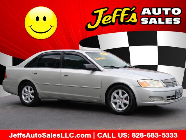 2000 Toyota Avalon XLS for sale by dealer