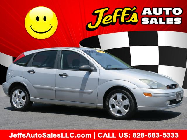 2004 Ford Focus ZX5 for sale by dealer