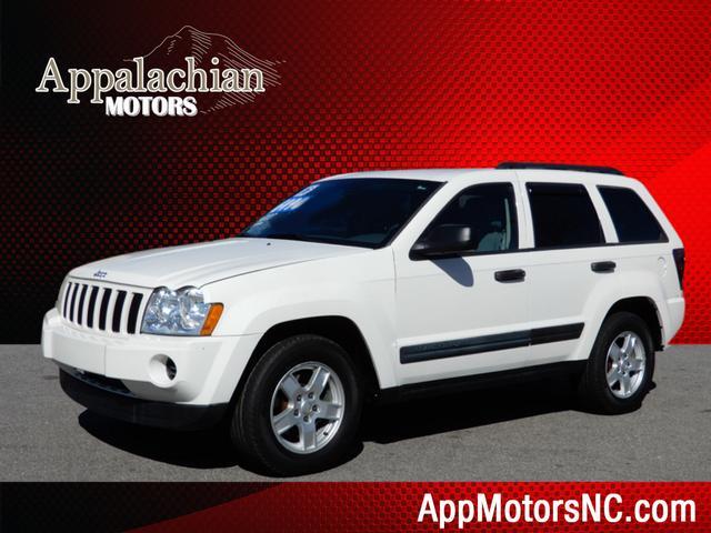 Jeep Grand Cherokee Laredo in Asheville